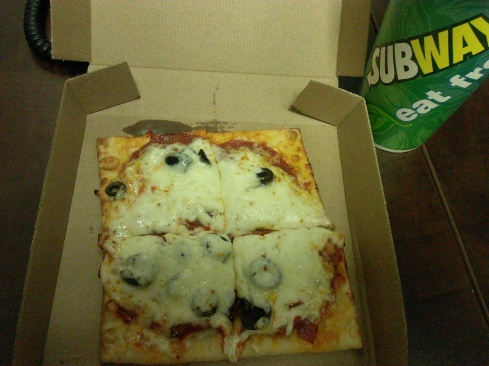 Subway Flatizza Review